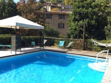 swimming pool at the Lodge Les Asphodèles