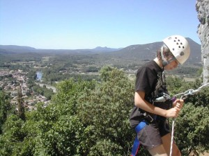 Climbing with Aigoual Pleine Nature, partner of the Lodge Les Asphodèles