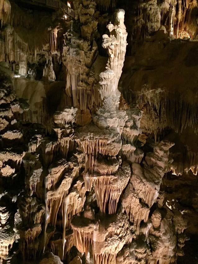 La Grotte des Demoiselles, by the Lodge Les Asphodèles