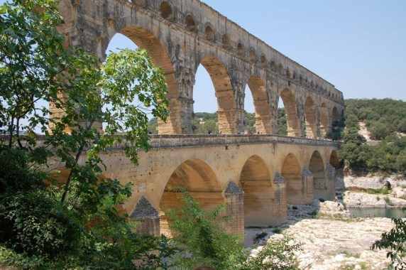 The Pont du Gard, historical site by the Lodge Les Asphodèles